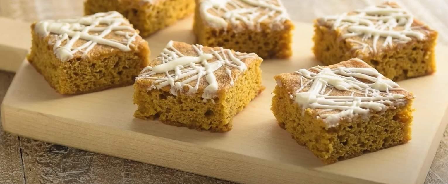 Pumpkin Blondie Cake Mix Bars - Thanksgiving Desserts